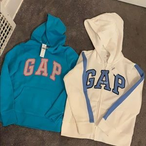 Kids girls hoodies Size: Medium